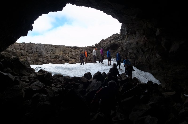 Höhle auf Island
