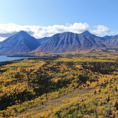 Kluane Mountainrange - Kathleen Lake