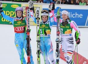 Die drei Besten in Ofterschwang: Tina Maze, Anna Fenninger und Viktoria Rebensburg (Foto: Gerwig Löffelholz)