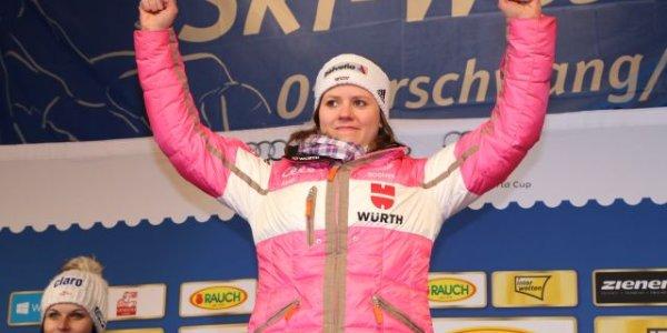 Siegerehrung Viktoria Rebensburg
