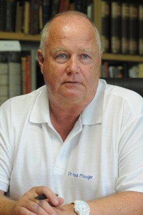 Dr. Peter Kruijer