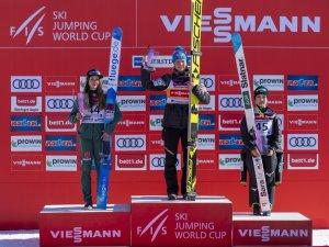 Siegerehrung Skiflug-weltcup Damen 17.02.2019