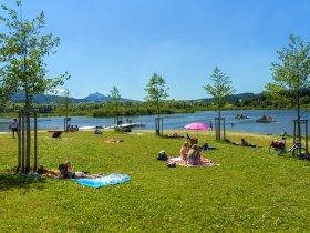 Naturbadeplatz Grüntensee Liegewiese