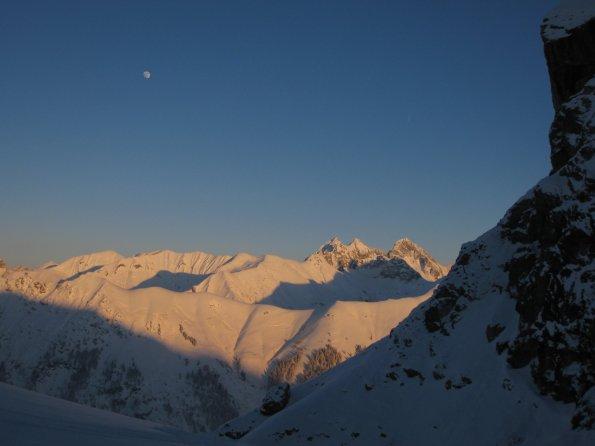 Sonnenuntergang un Mond