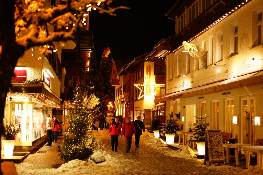 Skiflug-Fans in der Kirchstraße