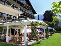 Terrasse mit Kaffeegarten