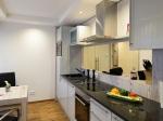 Luxuriöse voll ausgestattete Küche