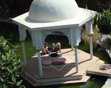 Relaxen im indischen Tempel