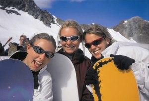 Girls zum Skilager im Allgäu