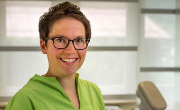 Dr. Sabina Fritz